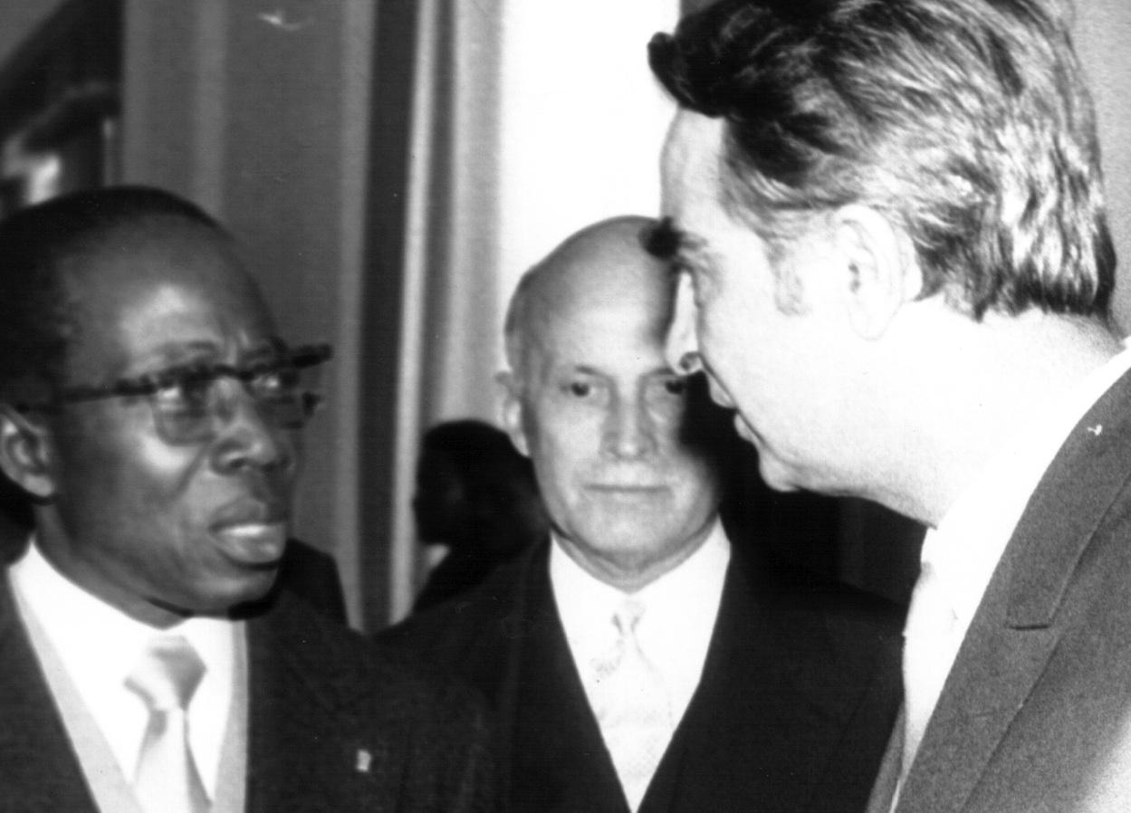 Leopold Sédar Senghor et Aco Sopov à Dakar en 1974